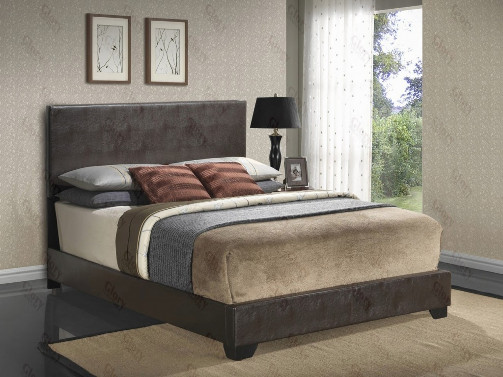 Upholstered Bed Cappuccino by Glory Furniture